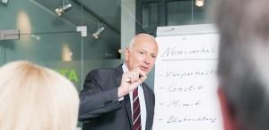 Moderationstraining. Foto: Tilman Schenk